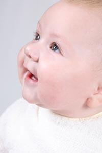 симптоми за диярия при бебе, причини  и лечение на разстройство при бебета