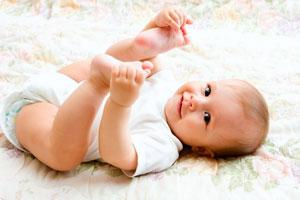 бебе на 10 месеца