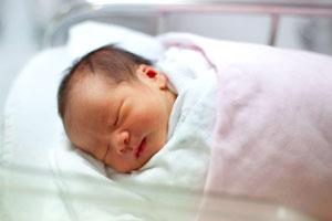 новородено бебе на 1 месец