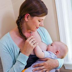 хранене на 4 месечно бебе