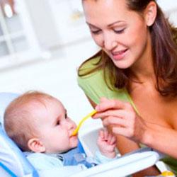 хранене на 7 месечно бебе