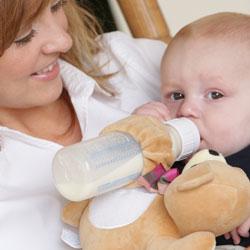 хранене на 8 месечно бебе