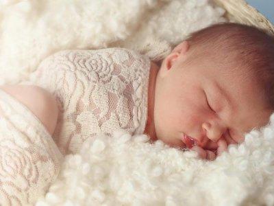 бял шум за заспиване на бебе