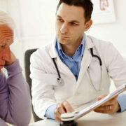 мъж с простатит при доктор